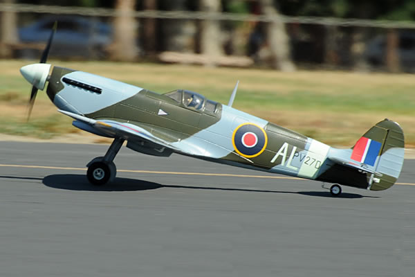 FMS WWII Spitfire 1400 Series Electric ARTF Aircraft with Retract Landing Gear